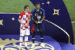 Luka Modric et Kylian Mbappe, le 15 juillet, à Moscou.