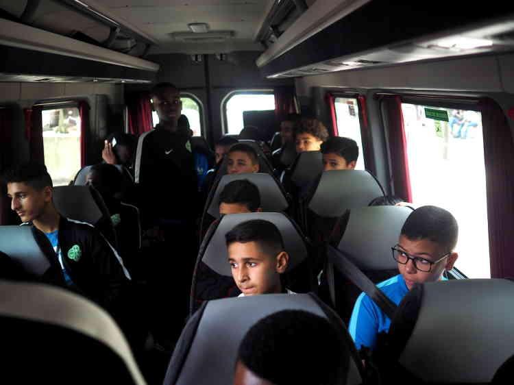 Agés de 12 à 15 ans, les jeunes joueurs bondynois partent en direction en Paris pour un périple dont ils se souviendront longtemps.