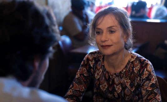 Isabelle Huppert se love en douceur dans l'univers de Mia Hansen-Løve.