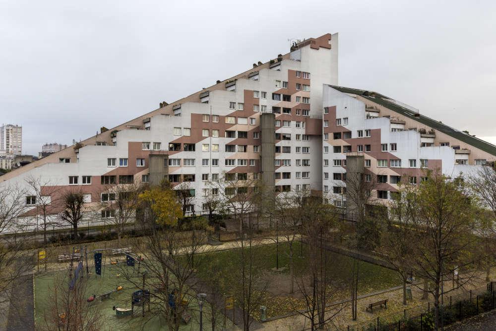 Le bâtiment Planète Z, construit entre 1976 et 1979 par l'architecte Jacques Strakier. Il compte 129 logements, en décembre 2017.