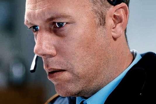Jakob Cedergren dans« The Guilty» («Den skyldige»), deGustav Möller.