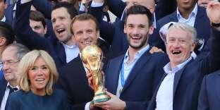Les joueurs de l'équipe de France ont été reçus à l'Elysée, le 15 juillet.