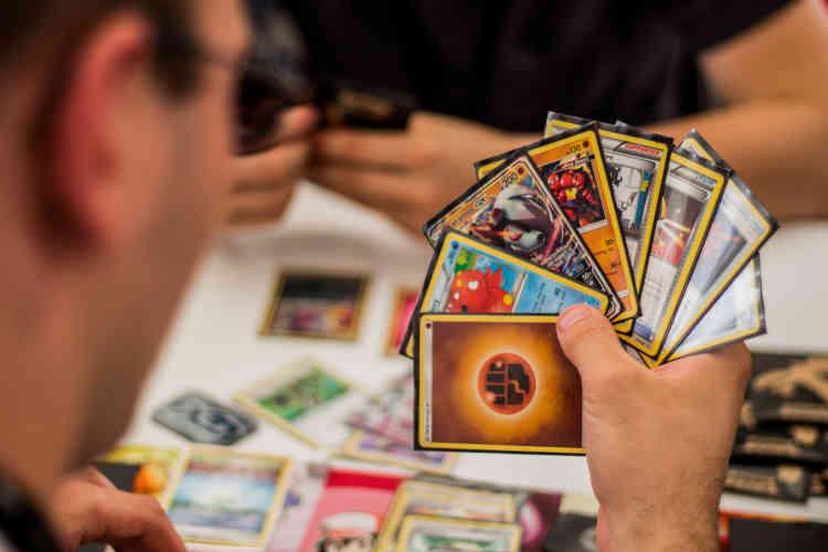 Les cartes Pokémon sont elles aussi présentes sur le FLIP. Les joueurs oscillent entre nouvelle génération talentueuse et nostalgiques des 151 premières créatures...