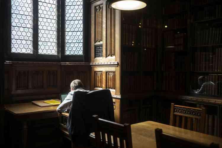«Je me souviens de mon impression de surprise, lorsque j'ai vu des gens étudier dans cette bibliothèque. Ce lieu est incroyable, hors du temps.»