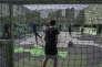 Des adolescents jouent au football au City Stade que Kylian Mbappé a inauguré en septembre 2017, à Bondy (Seine-Saint-Denis), le 16 juillet.