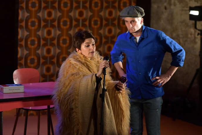 Pauline Chagne et Augustin Bouchacourt dans «Moi aussi je suis Barbara», à Avignon, le 8 juillet 2018.