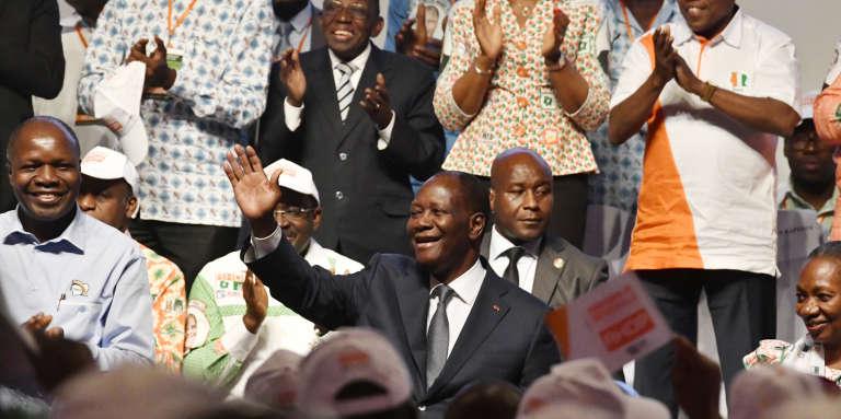 Le président ivoirien Alassane Ouattara, chef du nouveau parti RHDP, à Abidjan le 16 juillet 2018.