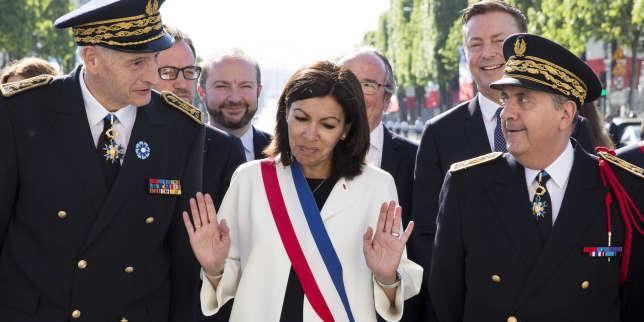 Michel CADOT, préfet de la région d'Île-de-France, préfet de Paris, Anne HIDALGO et le préfet de police de Paris Michel DELPUECH.
