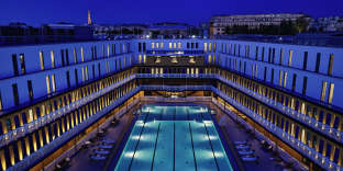 La piscine extérieur de l'hôtelMolitor, à Paris.