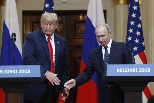 Donald Trump et Vladimir Poutine lors d'une conférence de presse commune à Helsinki (Finlande), le 16 juillet.