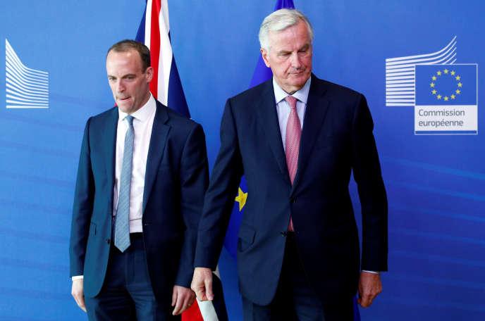 Le ministre du Brexit britannique, Dominic Raab, et Michel Barnier, négociateur en chef du Brexit pour l'UE, à Bruxelles, le 19juillet.