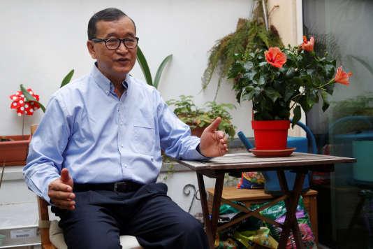 Sam Rainsy, opposant cambodgien du PSNC, à Paris où il s'est exilé, le 19 juillet.