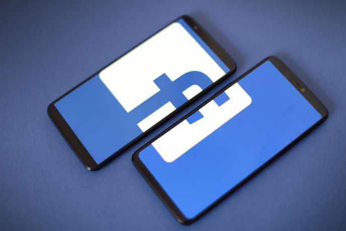 Pour Facebook (dont le loge est ici représenté), Google et Twitter, la nouvelle législation est la « plus radicale dans son genre à ce jour ».