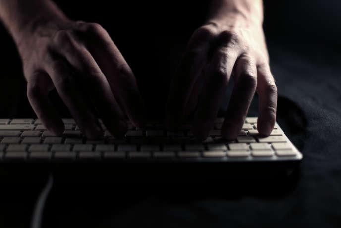 L'objectif initial du créateur du virus« I Love You» n'était pas de créer un dangereux logiciel malveillant, mais simplement de surfer gratuitement sur Internet.