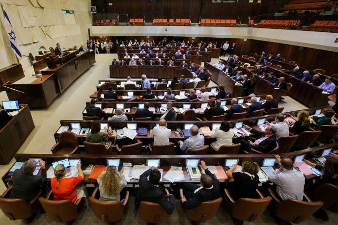 Lors du vote de la Loi fondamentale, à la Knesset, à Jérusalem, le 18 juillet.