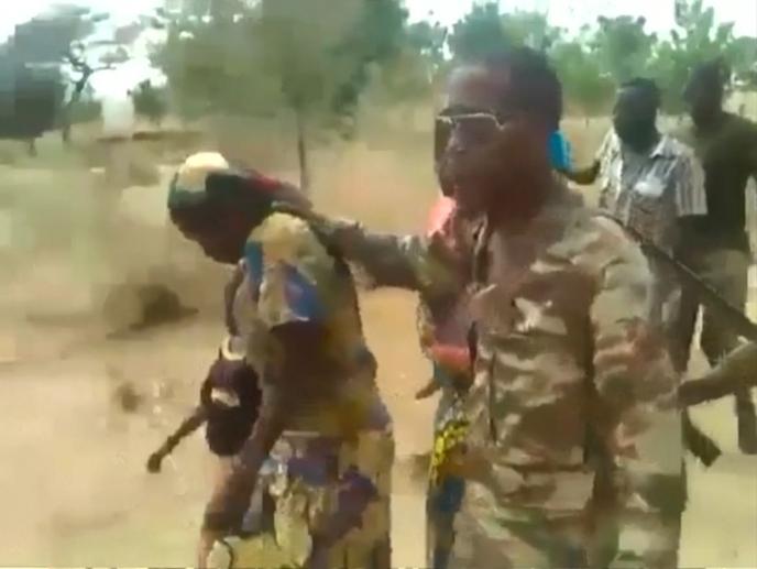 Exécutions filmées au Cameroun : l'analyse de la vidéo pointe la  responsabilité de soldats
