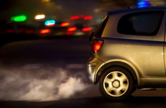 Les ZFE devraient permettre de réduire les émissions de gaz polluants de l'ordre de 12 à 15% et de revenir dans les clous d'ici à 2022.