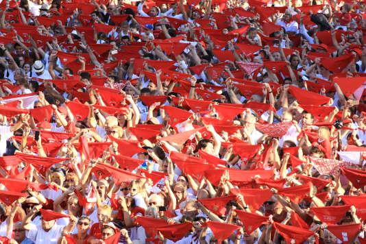 Une marée humaine, rouge et blanche...