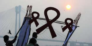 La commission prône des services intégrés qui répondent au VIH et les autres maladies qui partagent les voies de transmission.