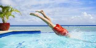 La piscine du haut est aussi celle où, en fin de journée, se concentrent le plus de peaux mortes en suspension.