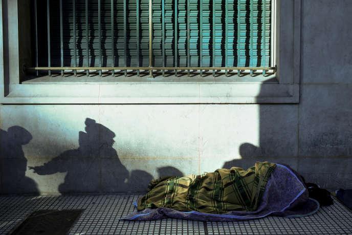Un sans-abri, dans le centre-ville de Buenos Aires, en juin 2017.