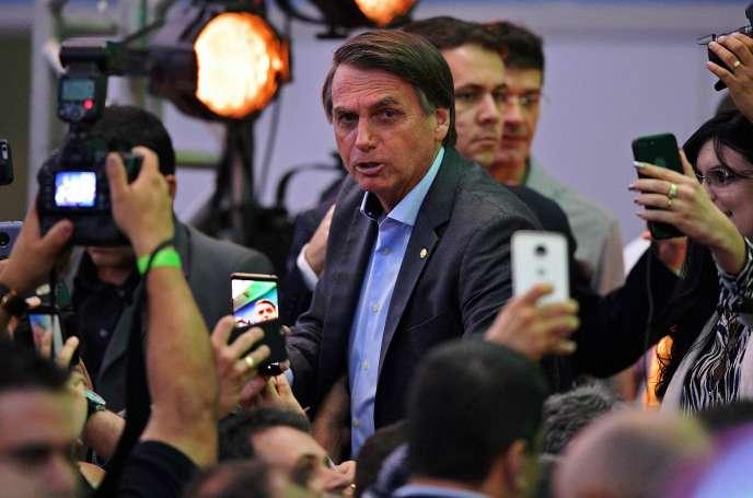 Le candidat d'extrême-droite en lice pour la présidentielle, Jair Bolsonaro, à Rio de Janeiro (Brésil), le 22 juillet.