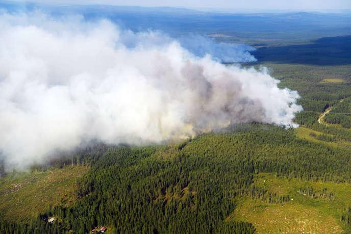 Un incendie près de Ljusdal, dans le centre de la Suède, le 18 juillet.