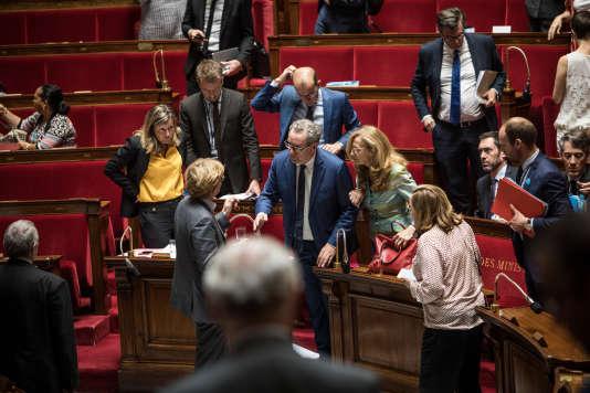 Fin d'une cession dans l'Hémicycle, le 21 juillet.
