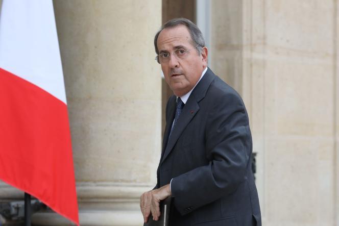 Le préfet de police de Paris, Michel Delpuech, arrive au palais de l'Elysée le 18 octobre 2017 pour assister à un discours du président Emmanuel Macron sur la sécurité, devant des représentants de la police nationale et de la gendarmerie.