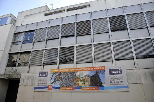 A Nantes, un panneau annonçant la construction de logements de standing, investissement éligible au dispositif Pinel.