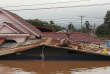 Des centaines de personnes étaient portées disparues, mardi 24 juillet, au lendemain de l'effondrement d'un barrage hydroélectrique en construction dans le sud-est du Laos.