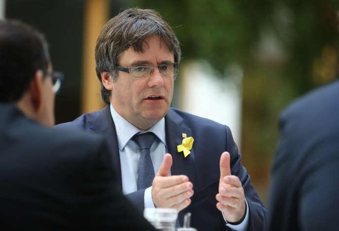 L'ex-président catalan Carles Puigdemont lors d'une conférence de presse à Berlin le 25 juillet.