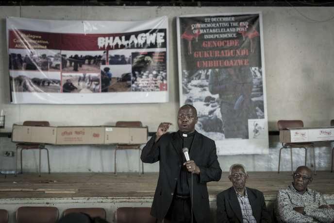 Lors d'une commémoration du massacre dela Gukurahundi, en décembre 2017 à Bulawayo.