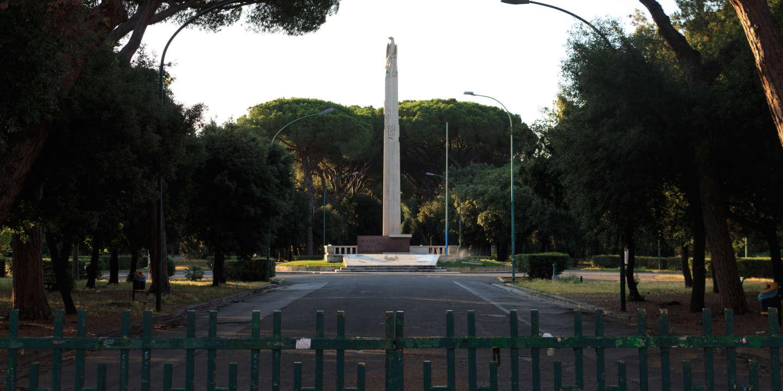 Le parc Falcone et Borsellino anciennement parc Arnaldo Mussolini, à Latina, en Italie, le 18 juin.
