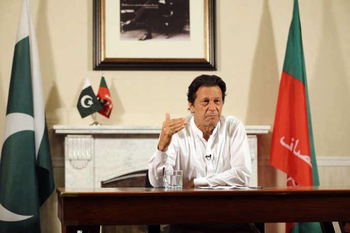 Imran Khan s'annonce victorieux dans une allocution télévisée, avant même l'annonce des résultats,à Islamabad (Pakistan), le 26 juillet.