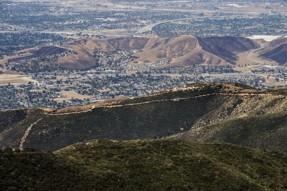 La vallée de San Bernardino, vue depuis Arrowhead, marquée par la sécheresse endémique qui frappe la Californie.