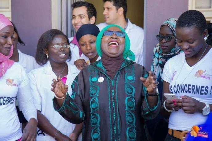 Des membres du Ladies Club à l'hôpital Aristide-Le Dantec, à Dakar (Sénégal), en2017, dont sa fondatrice,Oumy Ndour, tout à gauche.