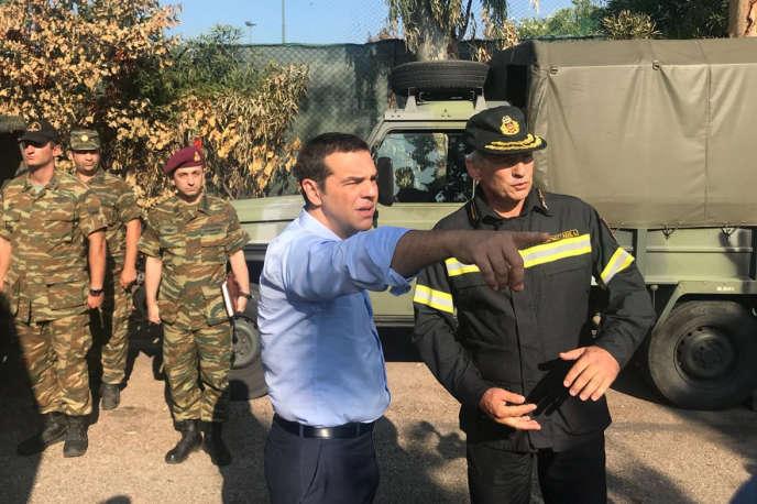 Alexis Tsipras lors de son déplacement à Mati, le 30 juillet.