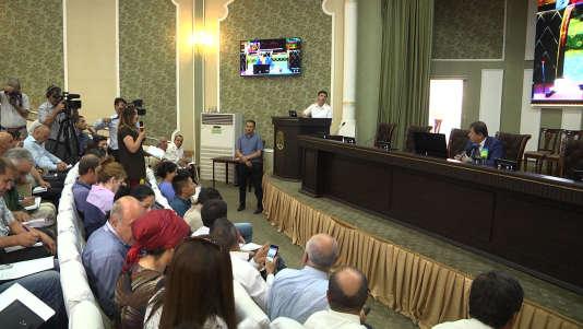 Lors de la conférence de presse du ministre de l'intérieur tadjik, après l'attaque, le 30 juillet à Douchanbé.