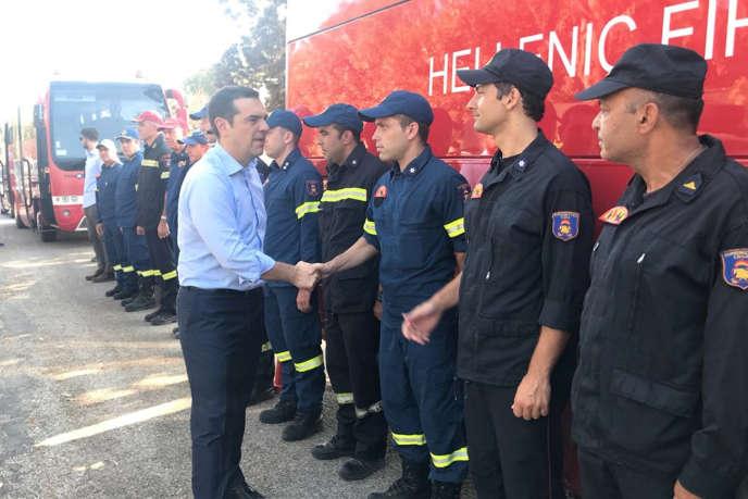 Alexis Tsipras, à Mati, le 30 juillet. Photo du service de presse du premier ministre grec.