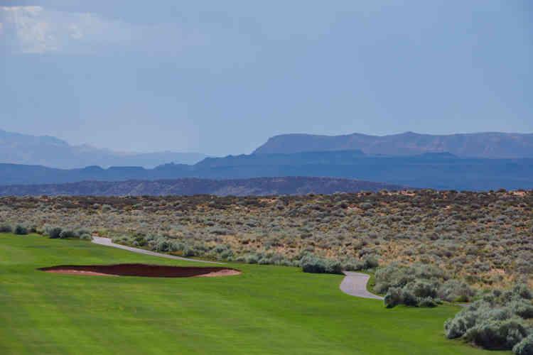 Le golf de Sand Hollow est moins fréquenté pendant la canicule estivale, où les températures dépassent parfois les 42 degrés.