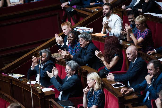 Les députés de La France insoumise lors de la prise de parole d'André Chassaigne (PCF), à l'Assemblée nationale, mardi 3 juillet.