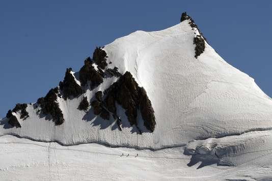Les activités de montagne ont emporté dix-huit personnes en Haute-Savoie,dont huit dans le massif du Mont-Blanc, depuis le mois de juin.