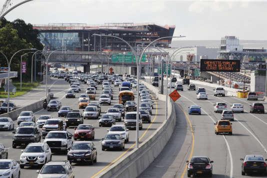 Autoroute à l'entrée de New York, le 1er août.