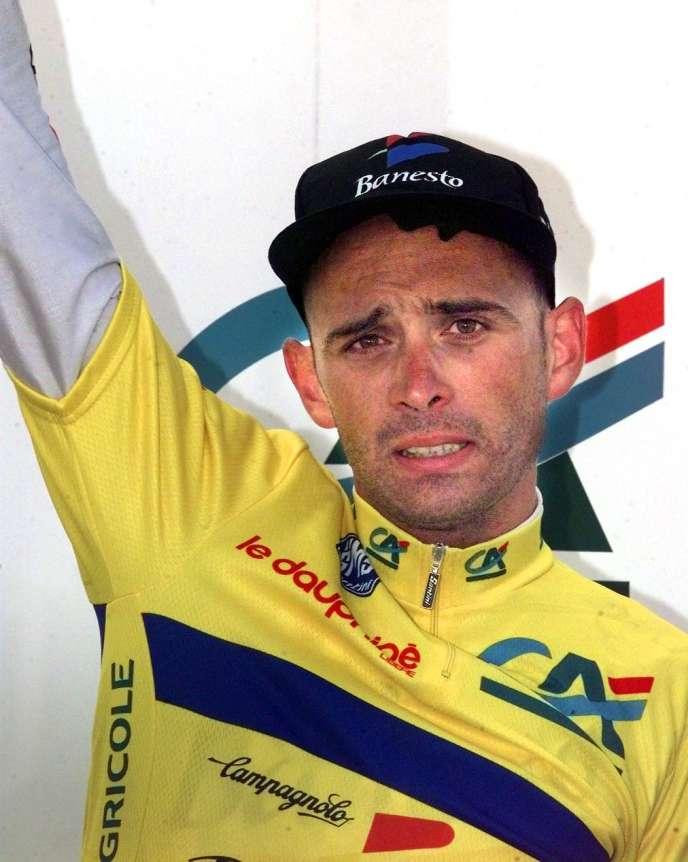 Le 14 juin 1998, Armand de Las Cuevas posait sur le podium du 50e Critérium du Dauphiné libéré, à Megève.