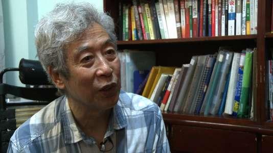 Sun Wenguang chez lui à Jinan (Chine), en août 2013.