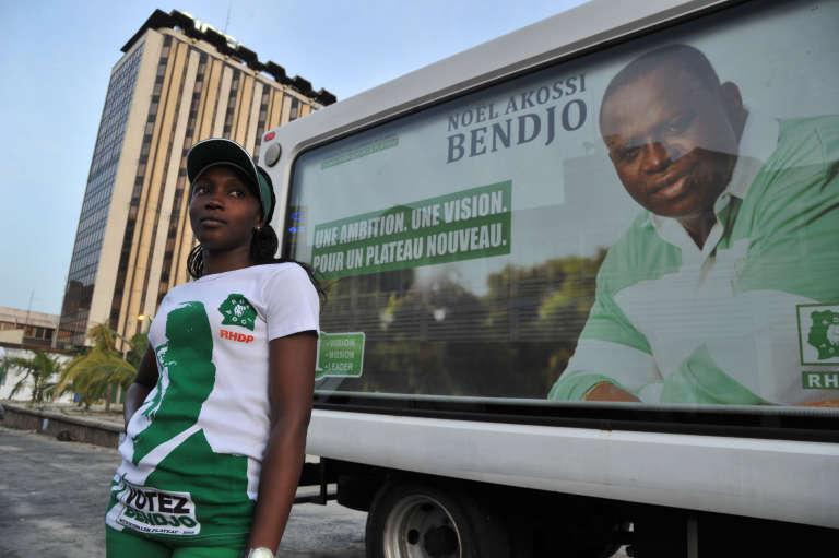 Pendant la campagne de Noël Akossi Bendjo pour l'élection municipale de la commune du Plateau, à Abidjan, en avril 2013.