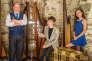 Sous la bannière de Ty Teires («la maison de la harpe triple»), le maître Robin Huw Bowen accompagné de ses étudiants.