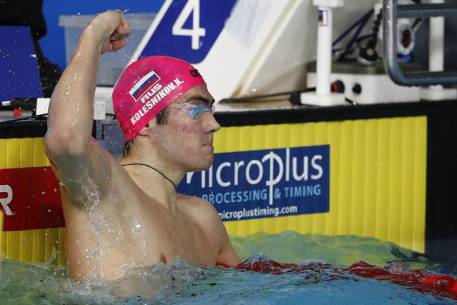 Le Russe Kliment Kolesnikov a battu le record du 50 m dos à Glasgow samedi.