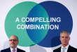 Le dirigeant de Praxair, Steve Angel (à droite) et celui de Linde, Aldo Belloni, lors d'une conférence de presse à Munich, le 2 juin 2017.